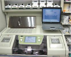 印字装置付セミオート分包機